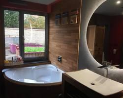 Salle de bains zen en teck
