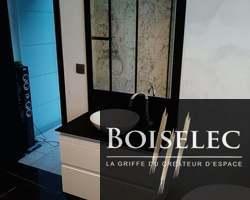 Meuble de chez Perene en finition Blanc brillant et poignée prise de main, vasque de chez Villeroy et Boch, plan de toilette en Fenix Noir Ingo